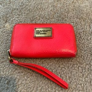 Marc by Marc Jacobs wristlet